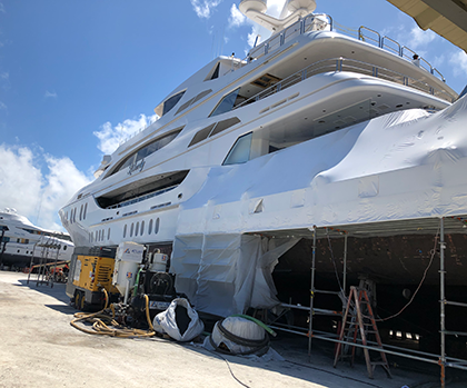 Bellinder Marine Hydraulics | Yacht Hose Doctor Quantum stabilizer service on yacht 'Liberty' hauled out at Derecktor yard, Fort Lauderdale Florida